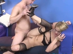 Sinful hottie performs deepthroat blow in advance of wild anal sex