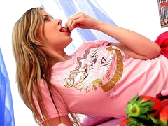 Horny dilettante golden-haired legal age teenager Spunky Bee dildoing her tight twat
