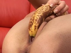 Shovelling pearl beads into her twat drives sweetheart insane